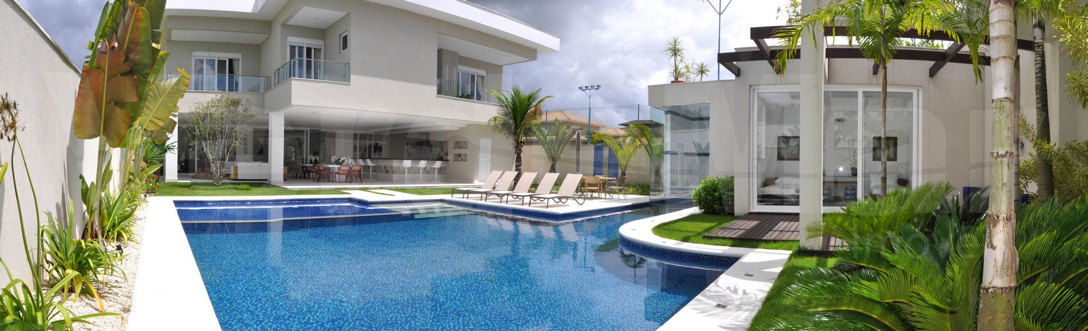 Casa moderna A VENDA no Condominio Jardim Acapulco em Guarujá.